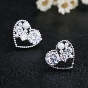 Korean Silver Plated Imitation Pearl CZ Heart Earrings -653